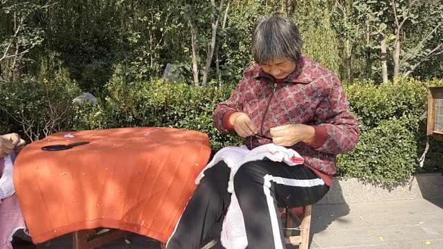 老人免费制棉衣,曾免费送茶被报道