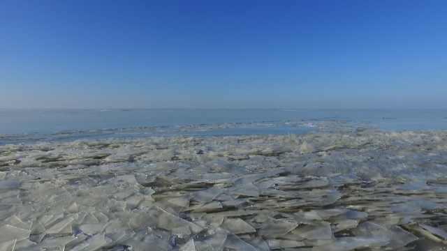 原生态冰雕!中国最大界湖冰封千里
