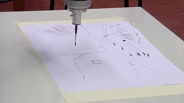 绘画机器人:以后画画也能假手于人
