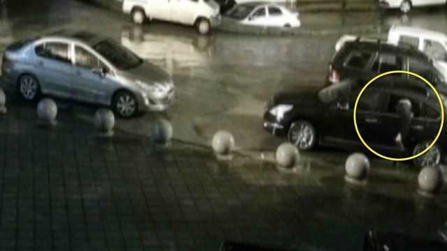 男子疯狂砸车盗窃,曾一夜作案20起