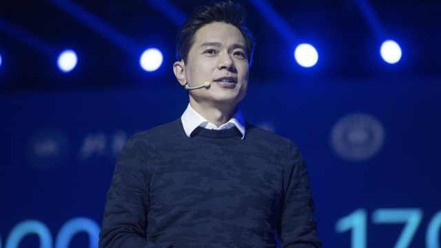 49岁李彦宏揭秘自己为何容颜不老