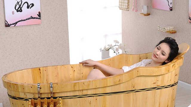 古人洗澡的木桶,为什么不会漏水?