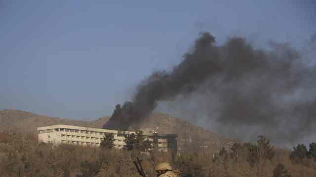 阿富汗豪华酒店发生血腥袭击,22死
