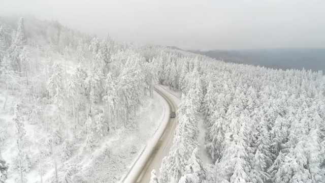 美成童话!大雪覆盖的丰都颜值爆表