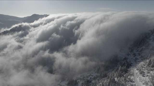 神农架现罕见云瀑,第1秒就美哭了