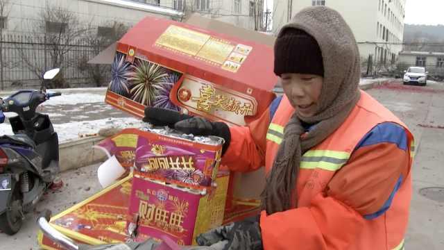 环卫工捡纸壳称卖钱行善:5年攒5万