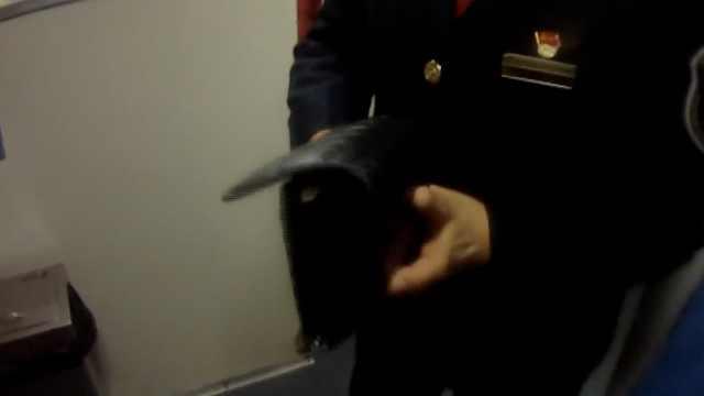 她5800元忘在火车上,乘警巡视找到