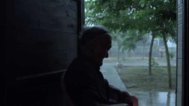 用最温暖的镜头,纪录22位慰安妇