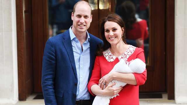 依旧美丽!凯特王妃产后7小时亮相