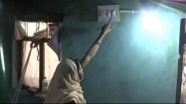 印度这小镇终于通电!村民载歌载舞