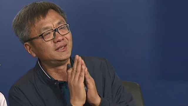 28岁华裔男子失踪,父亲记者会崩溃