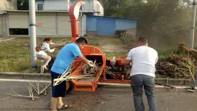 破秸秆焚烧难题,粉碎机日粉40吨