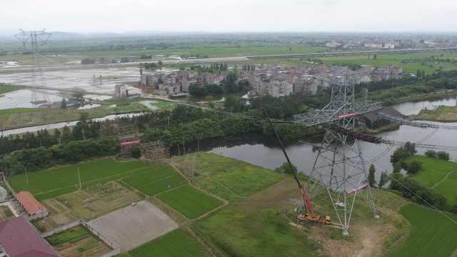 跨2铁路,世界最大输电工程顺利换线