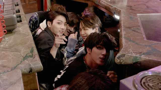 BTS惊现《老友记》场景,吓坏粉丝