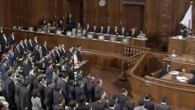 日本工作法案通过,被批鼓励过劳死
