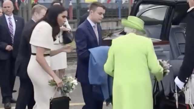 與英國女王出訪,梅根不敢先上車