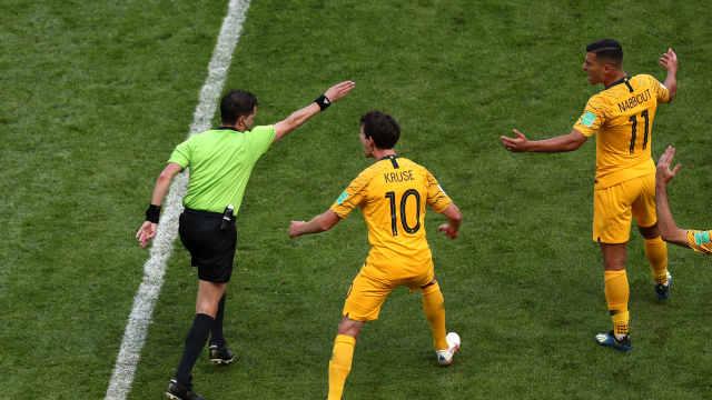 创历史!世界杯首次出现VAR判罚