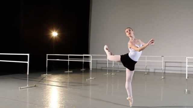 古典芭蕾VS现代芭蕾,差别竟这么大