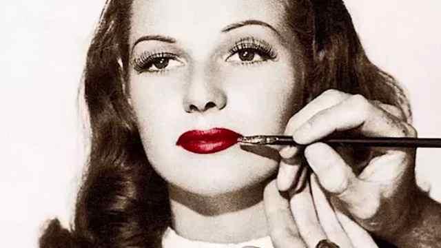 一支口红撬动整个彩妆市场?