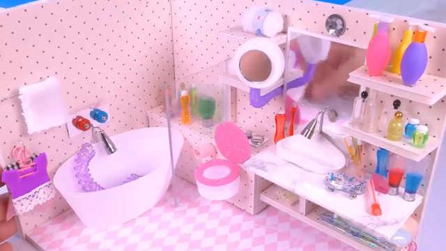 迷你娃娃屋,粉色系的可爱小浴室