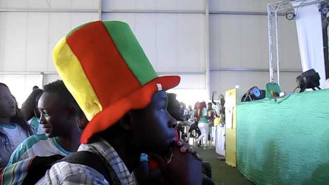 塞内加尔球迷不满意:踢得有些松弛