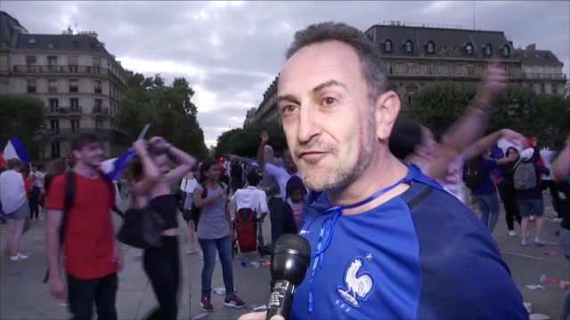 梦回20年前,法球迷感慨孩子都大了