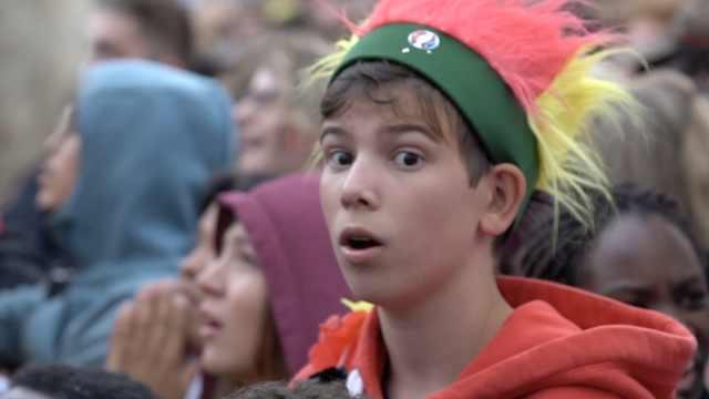 比利时输了!球迷却变身爆笑表情包
