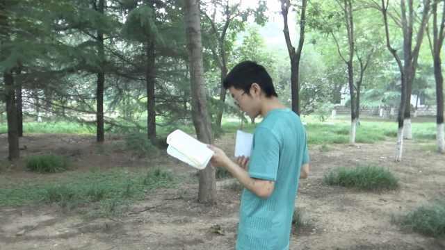 他戒游戏留校考研,一天学习10小时