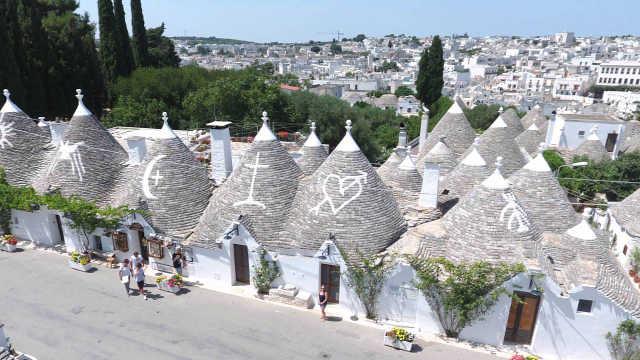 """欧洲的""""天堂小镇"""",像天使的城堡"""
