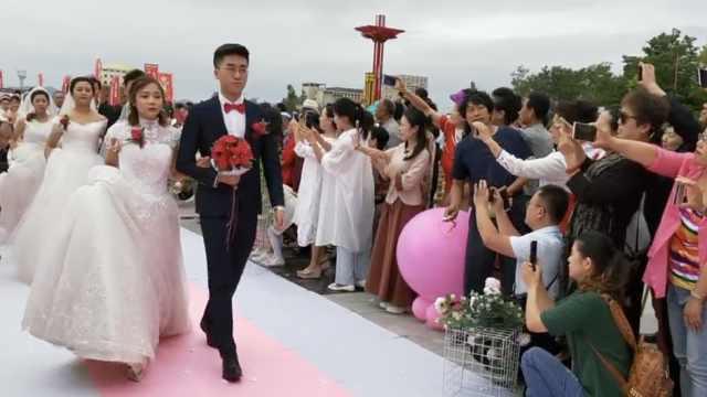 18对新人办零彩礼婚礼:相爱最重要