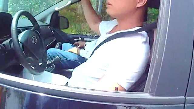 7座车非法营运坐15人,司机被刑拘