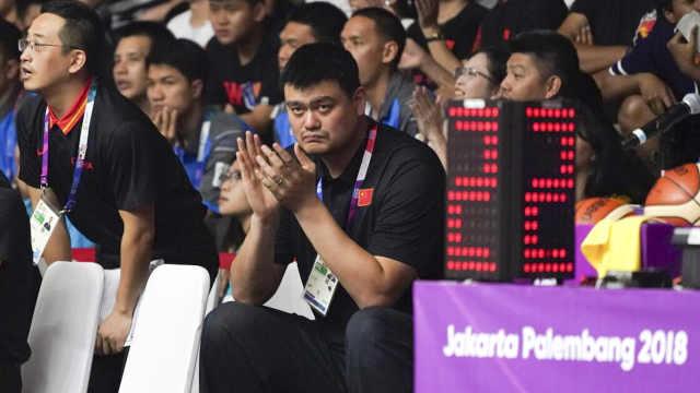 姚主席督战!中国男篮复仇菲律宾