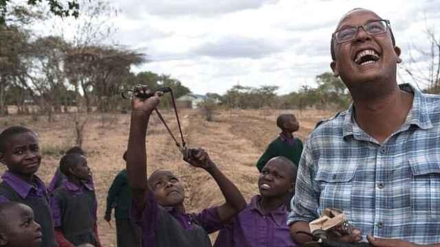 肯尼亚植树计划,弹弓居然成主力?