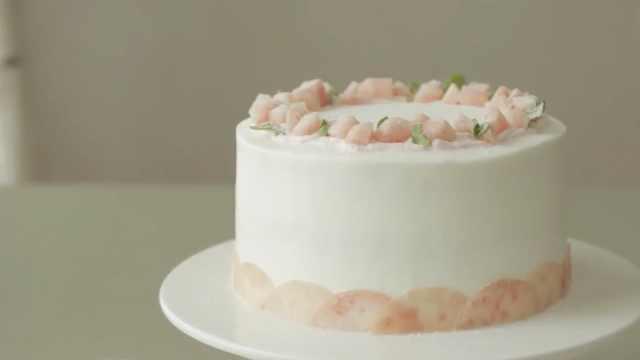美味下午茶推荐:教你做桃子蛋糕!