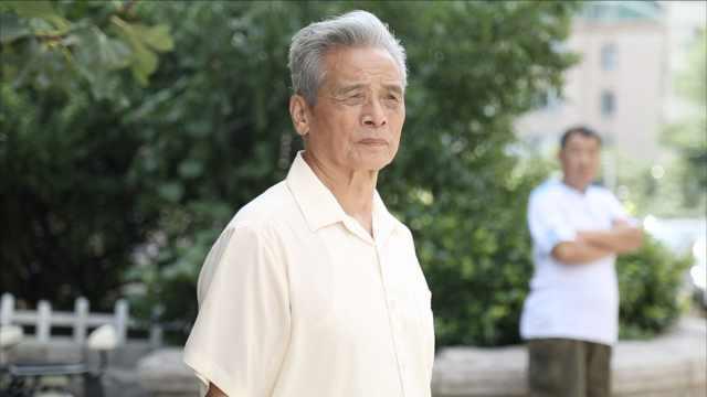 81岁老人做16年义工,为此虚报年龄