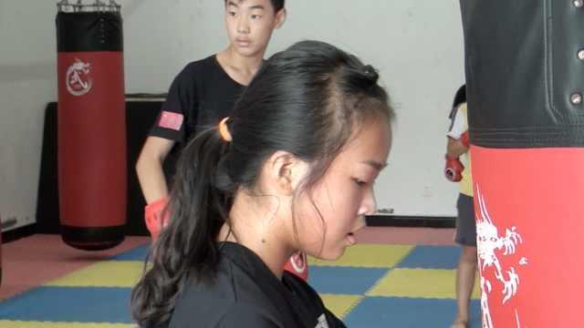 女孩获搏击冠军:曾一比赛就流鼻血
