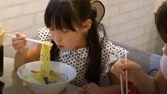 日本这家拉面店,小孩子可以免费吃