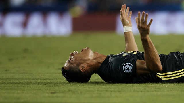 欧足联调查C罗红牌,他哭另有隐情