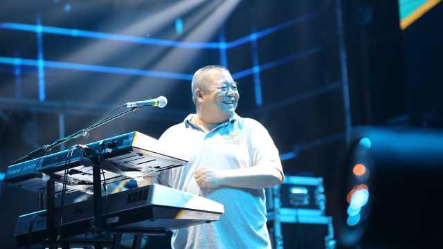 摇滚歌手臧天朔肝癌去世,享年54岁