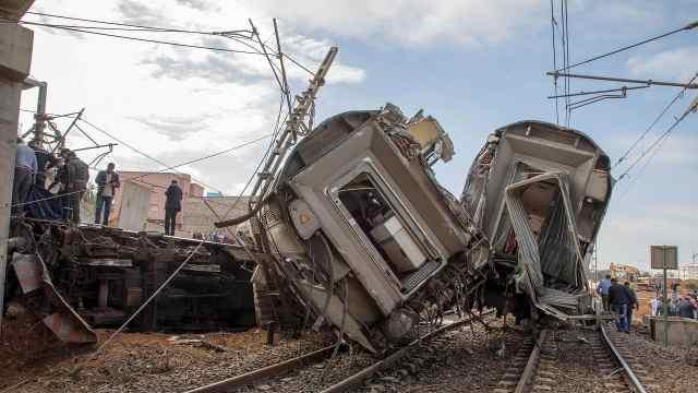 摩洛哥火车脱轨致7人死80余人受伤