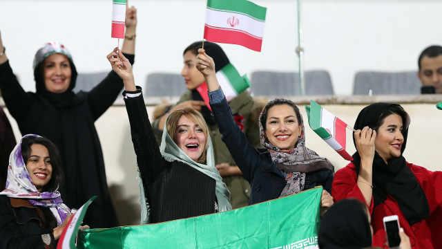 40年首次!伊朗女性被允许现场看球