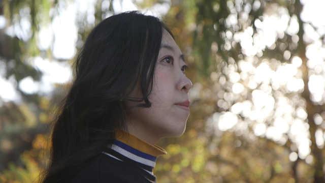 追星致父逝,11年后杨丽娟再谈华仔