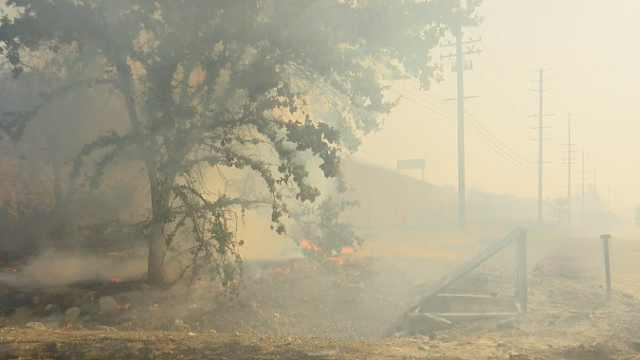 加州山火致周边污染指数爆表破400
