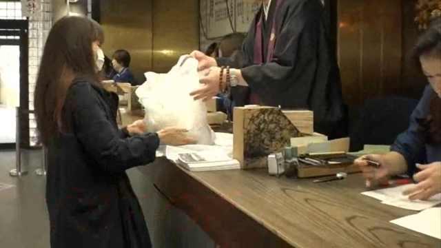 死后墓地没人管?日本迁坟人数激增