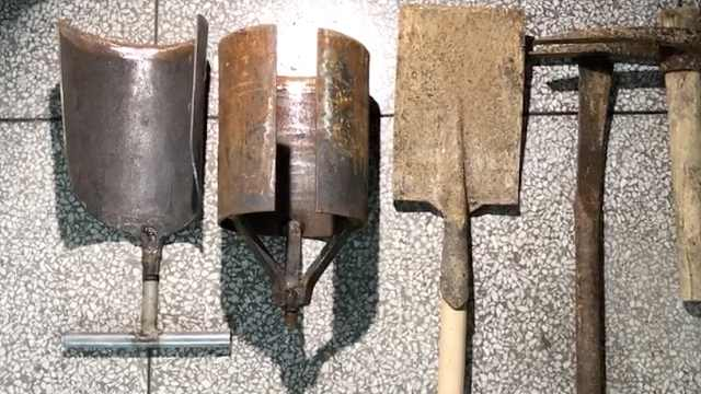 盗墓贼坟包上打洞,盗3件古代青铜器
