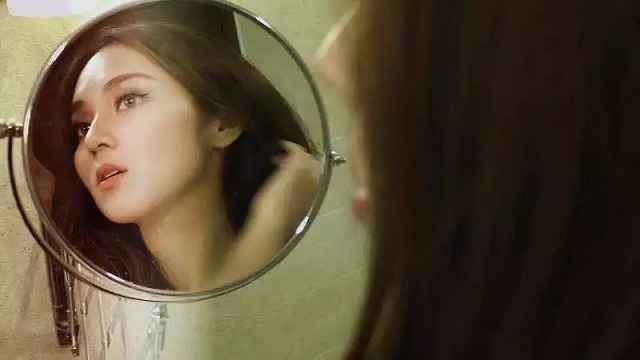 镜子和照片,到底谁欺骗了你?