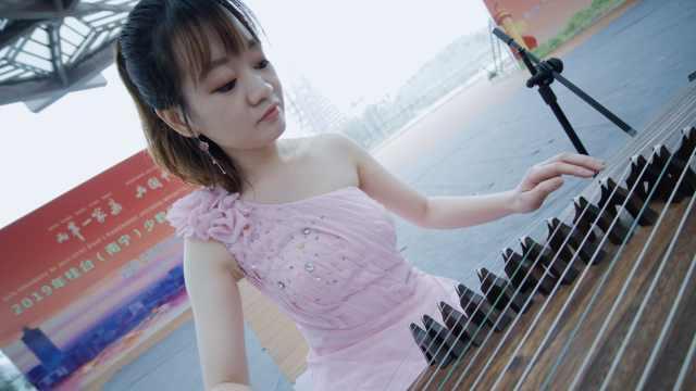 超动听!台湾小姐姐弹唱广西民歌