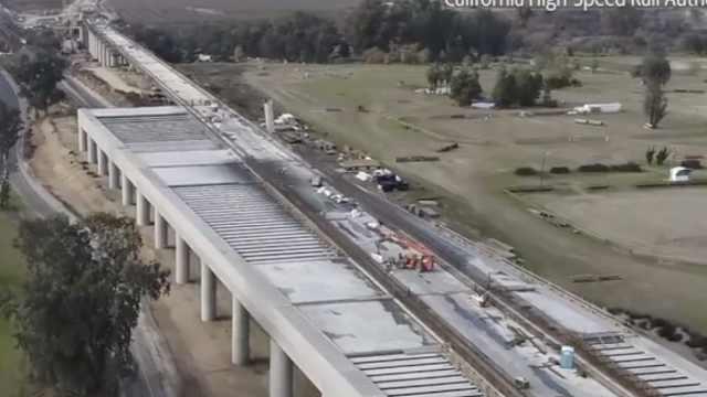 加州放弃770亿美元高铁:太贵了
