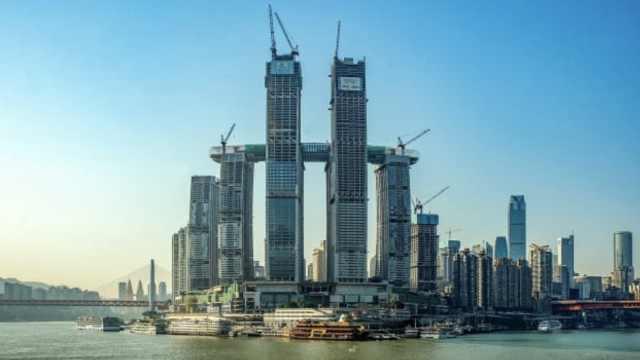 外媒报道重庆来福士广场:工程奇迹
