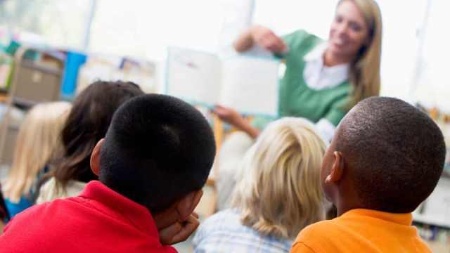 英国实行性教育改革,10万家长反对